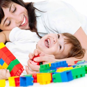 mother-and-toddler-blocks