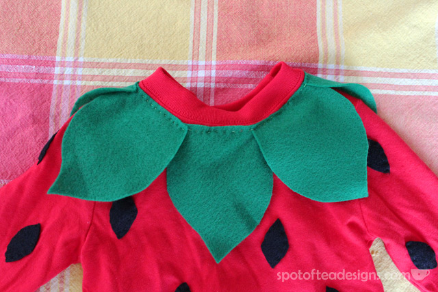 StrawberryCostumeNeckline