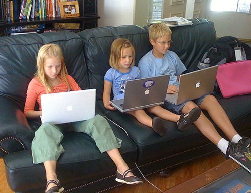 kids-and-excess-screen-use5