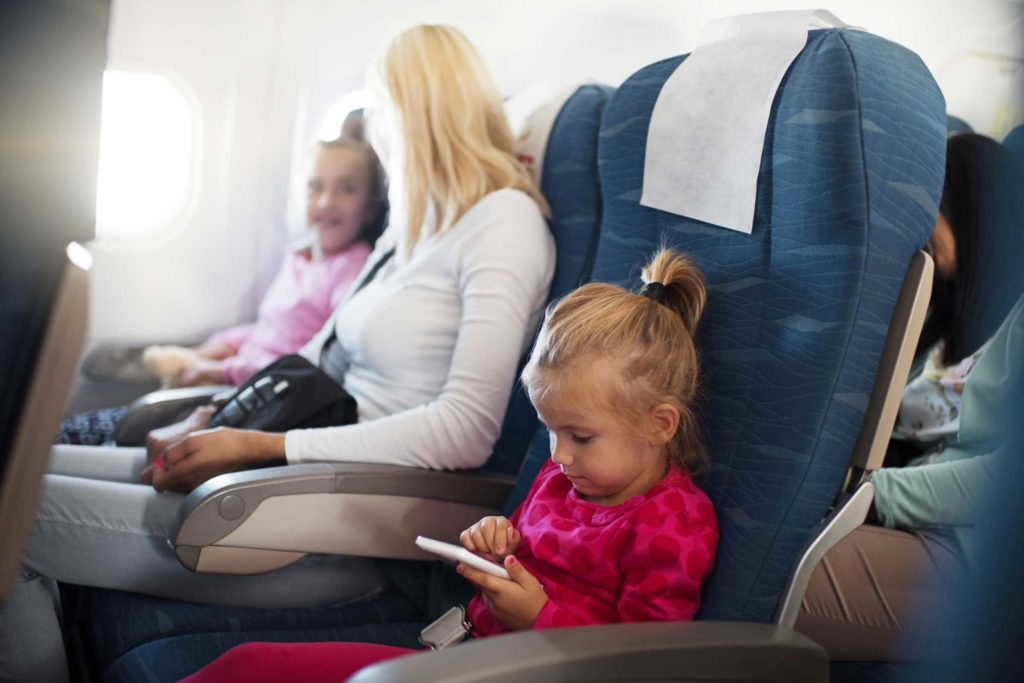 05-the-best-seat-on-a-plane-kids-534895607_brauns-1024x683