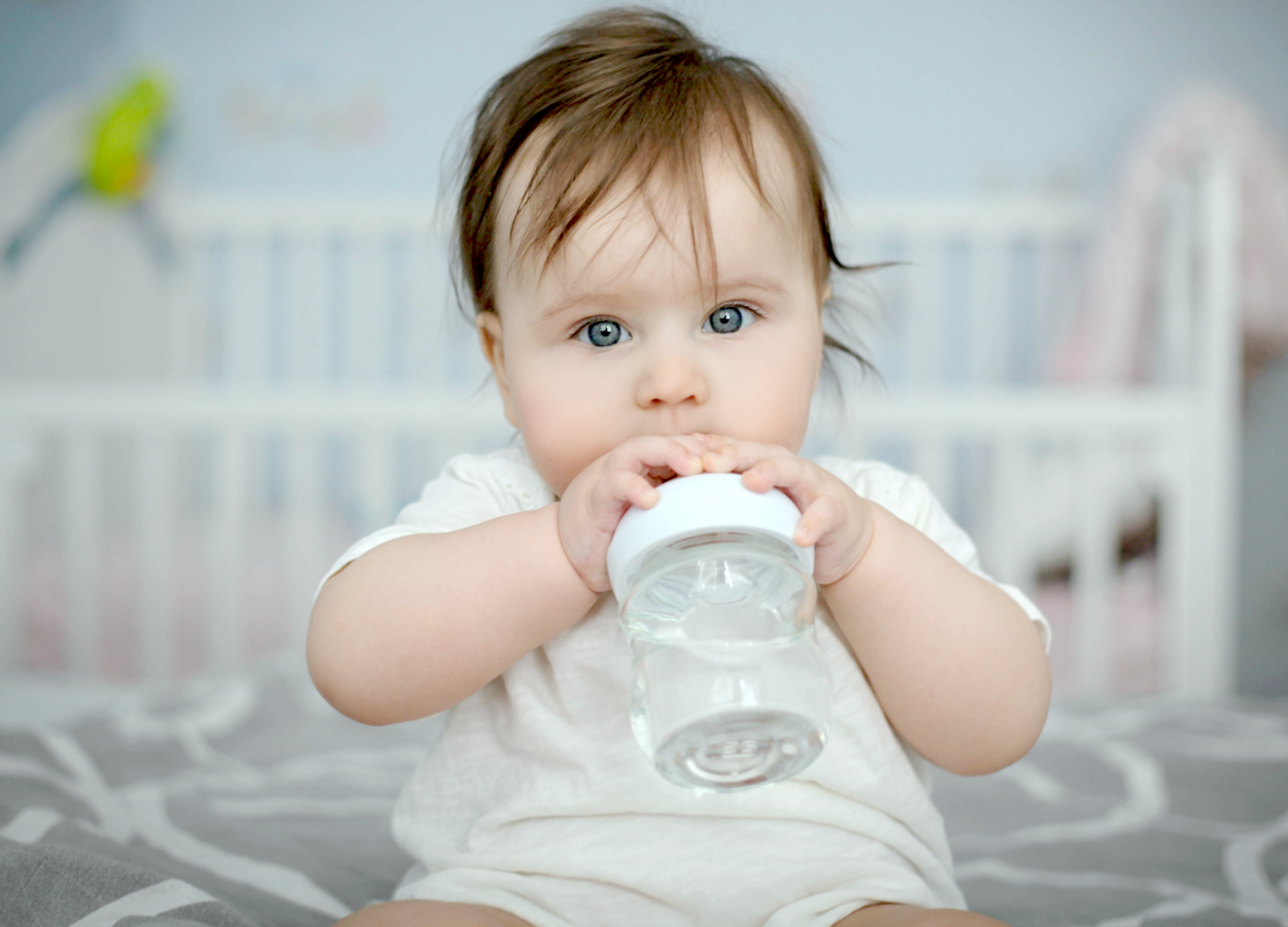 baby-drink-water2